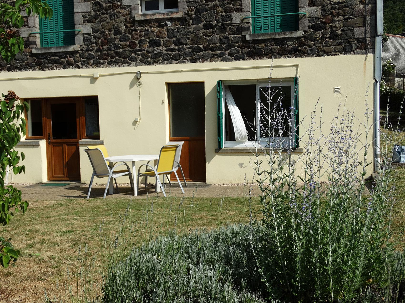 villa Marie Louise côté jardin (4 personnes) |